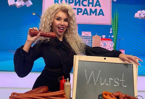 Українська співачка станцювала стриптиз у роликах: Меладзе може брати у ВІА Гру