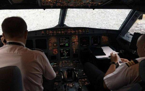 Героїзм українського льотчика: спливли скандальні деталі