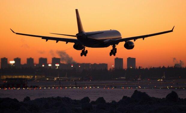Самолет, фото: РБК
