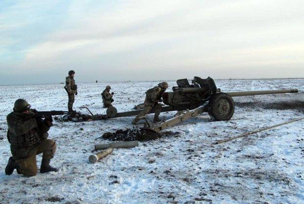 Путинские боевики накрыли украинских героев адским огнем, есть раненые
