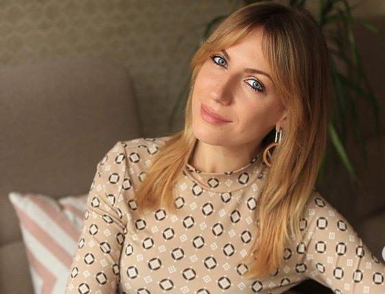 Розкішна Леся Нікітюк пікантно похвасталась новим проектом: прихильники у захваті