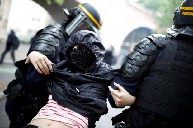 """Кількість затриманих побила всі рекорди: більше 1500 """"жовтих жилетів"""" опинилися за ґратами"""