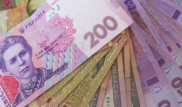 Тернопільські псевдо-медики вкрали у пенсіонерки 15 тис. грн
