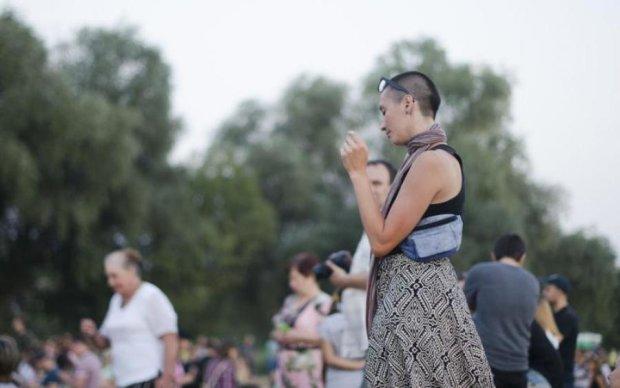 """Над Україною повис """"ядерний гриб"""": вражаючі фото"""