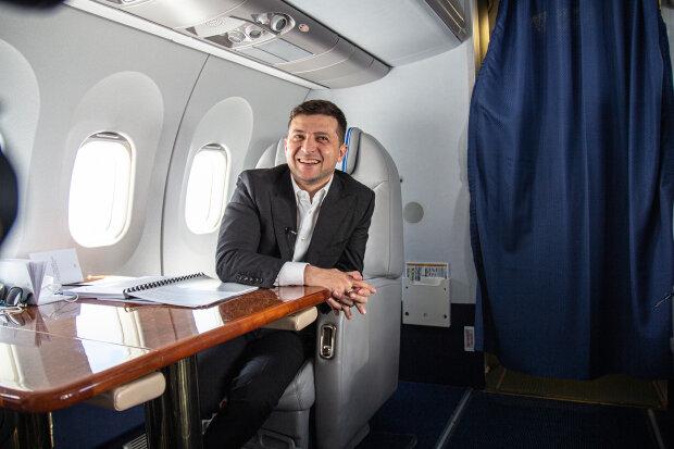Владимир Зеленский в самолете, фото: president.gov.ua