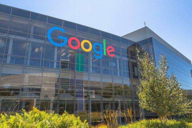 Роскомнагляд зганьбився дешевим наїздом на Google