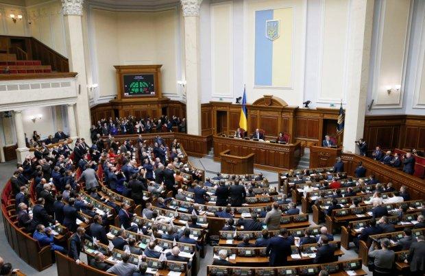 Закон о языке: что изменится в жизни обычных украинцев