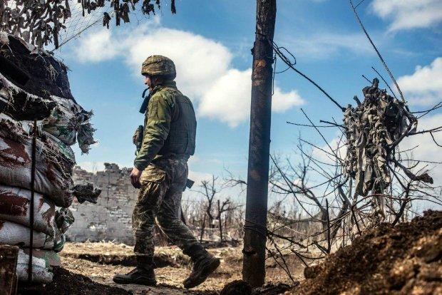 Украинские воины схватили путинского диверсанта на Донбассе: рассказал все и даже больше