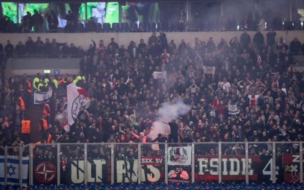 Фанаты шведского клуба напали на болельщиков Аякса перед финалом Лиги Европы