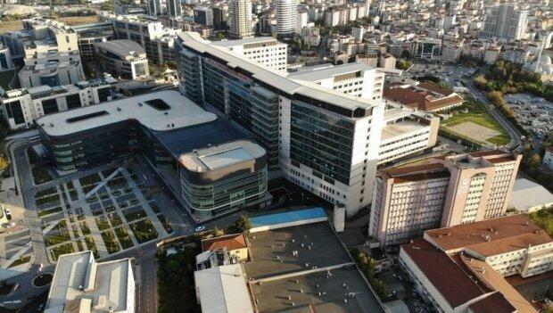 Президент Турции переплюнул Зеленского и вместо стадиона открыл сверхсовременную больницу