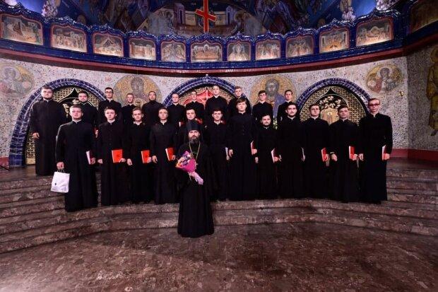 Хор Киевских духовных школ УПЦ
