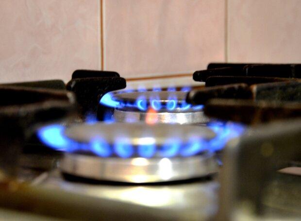 Франковчане сожгли на сковородках 200 миллионов и отказались платить