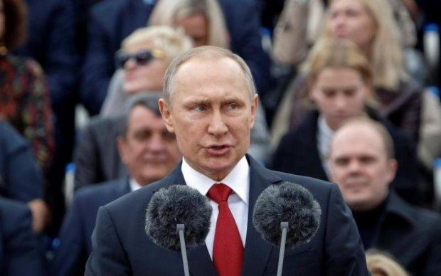 """Від людини до мавпи: карикатурист показав зворотній бік """"еволюції"""" Путіна"""