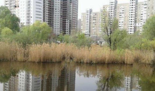 Забудовнику від Кличка дозволили знищити озеро Качине