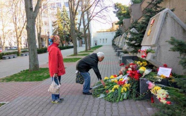 Діди не за тих воювали: у мережі показали, у що окупанти перетворили Севастополь