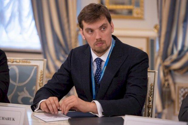 """50% школьников в смертельной опасности: Гончарук предупредил украинских родителей, """"есть 2 недели"""""""
