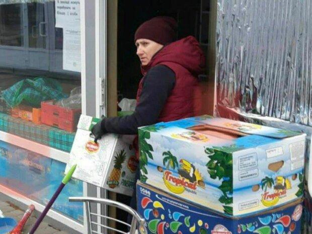 """В Харькове торговки начхали на карантин и взялись за старое, - """"Эти бабки там штабелями лягут"""""""