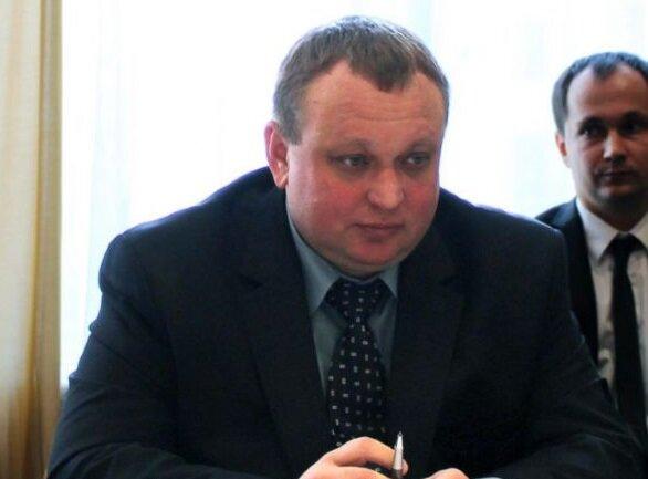 Обікрали Україну на сотні мільйонів: групу елітних чиновників спіймали  у Литві