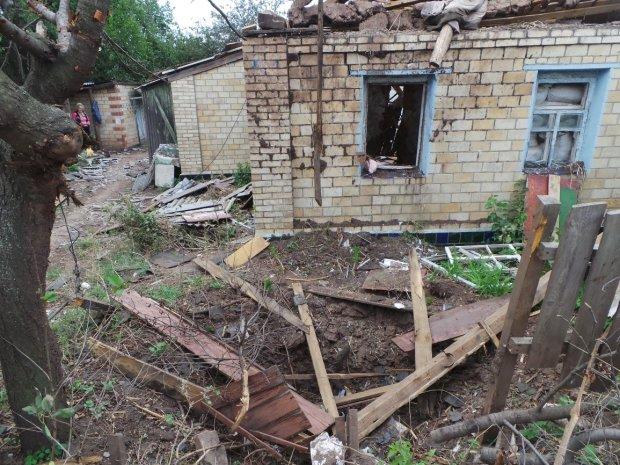 """""""После нас - хоть потоп"""": руины Донбасса привели украинцев в отчаяние, родная земля под сапогами оккупантов умылась слезами"""