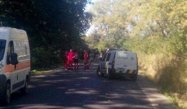 На Львовщине взорвали автомобиль: есть погибшие