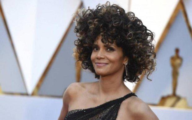 Кістки бізона: голлівудська актриса розкрила секрет молодості