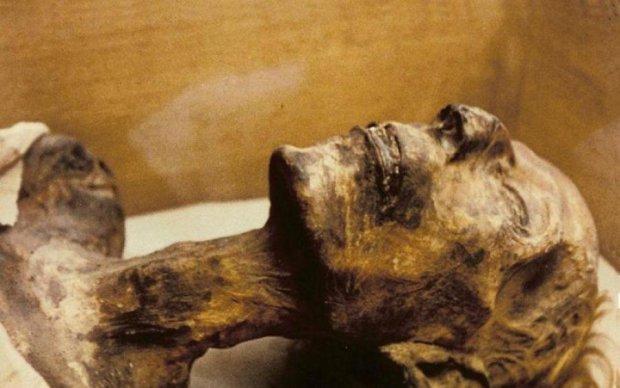 Мумия-неформал: обнаружена самая древняя в мире татуировка
