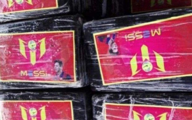 В Перу нашли партию кокаина с изображением Месси