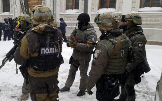 Криваву стрілянину у Харкові показали на відео