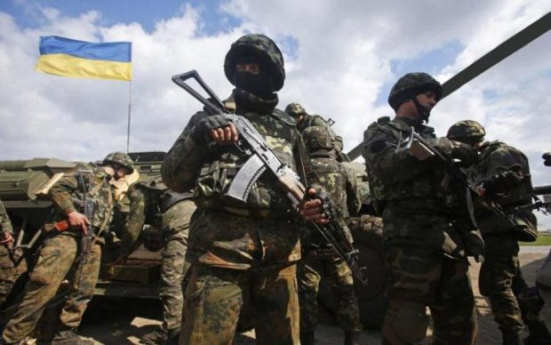 Мурашки по шкірі: українські бійці зняли кліп на тлі зруйнованого Слов'янська