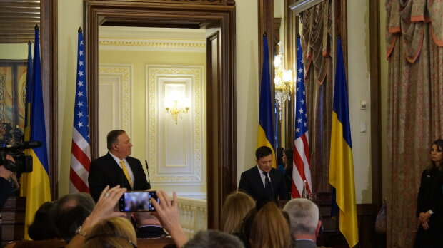 Встреча Владимира Зеленского с госсекретарем США Майкjv Помпео - фото Знай.uа