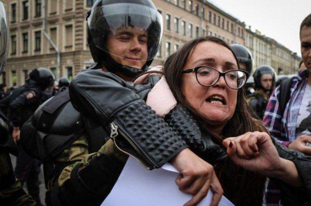 В Росії жорстоко розправились з ЛГБТ-активісткою