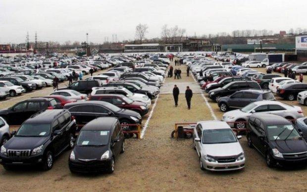 Реєстрація авто: українцям відкрили новий онлайн-серсвіс