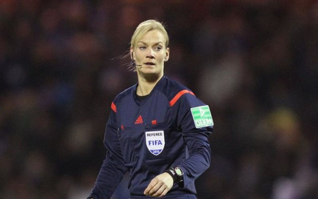 Відома білявка стане першою жінкою-арбітром у вищому дивізіоні Німеччини