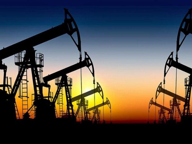 Сегодня нефть подешевела на 70 центы