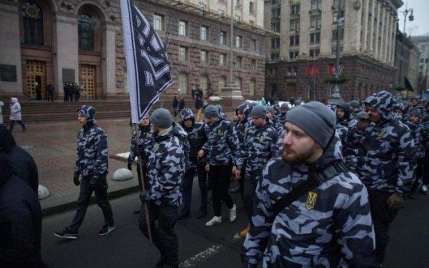 Нам не нужен рейх: киевляне выступили против национальных дружин