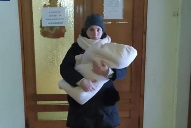 Украинка просит помощи в спасении дочери: Facebook Наталья Емельянова