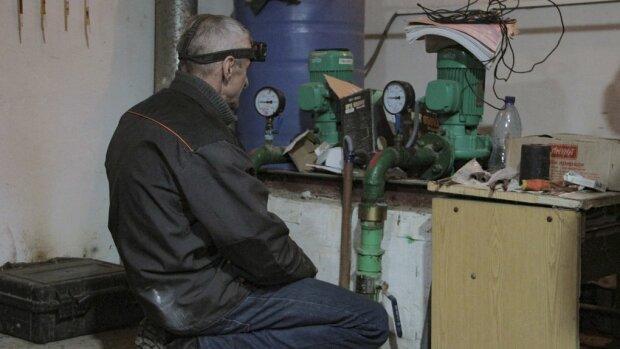 """Черновчане придумали, как зарабатывать на газовой службе, гениальная схема: """"Вход платный!"""""""