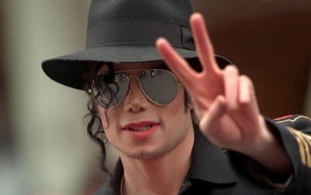 """""""Воскресший"""" Майкл Джексон шокировал соцсети"""