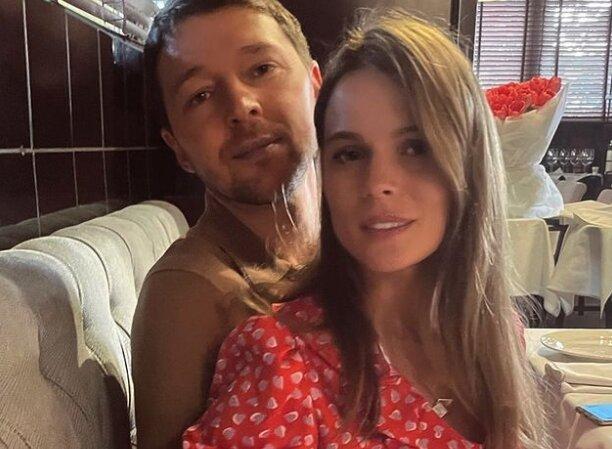 Ольга Фреймут з чоловіком, фото: instagram freimuteam