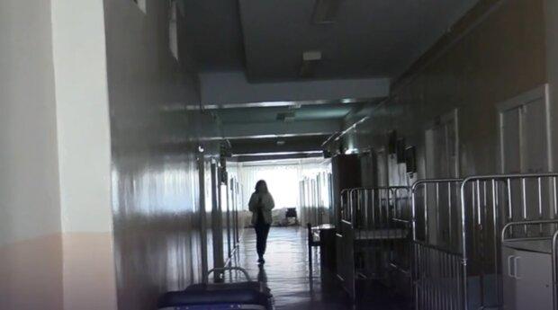 """У Тернополі підліток ризикнув життям заради селфі, батьки вбили подробицями - """"Одяг був спалений"""""""