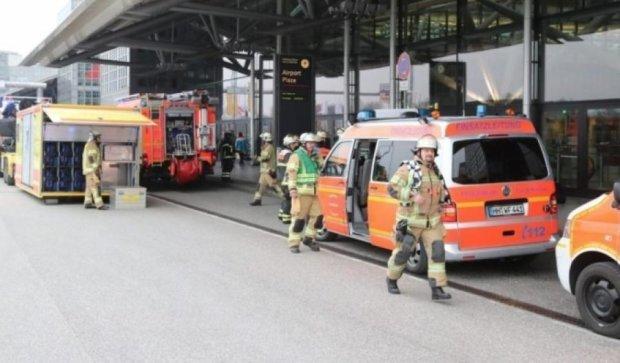 Пожарные назвали причину отравления десятков людей в аэропорту Гамбурга