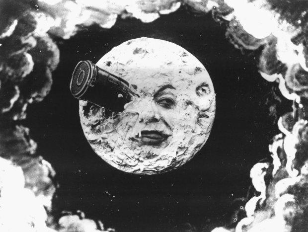 Зоряна брама, кішка-шпигун і вибух Місяця: розсекретили божевільні проекти часів Холодної війни