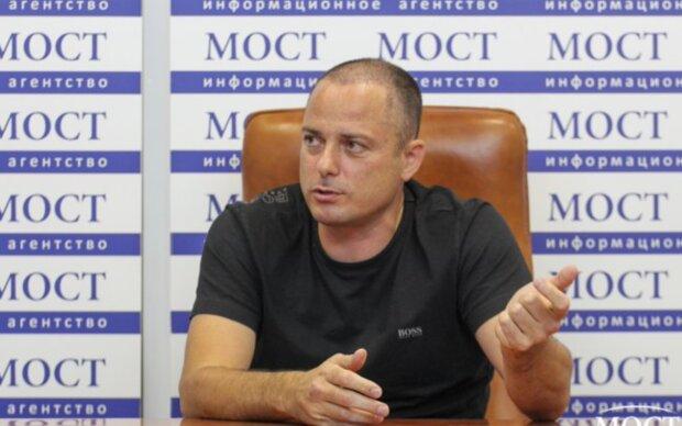 ЗМІ: Влада Кам'янського заробляла на медзакупівлях у розпал коронавірусу