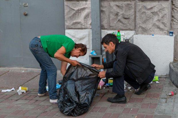 """Львов тонет в мусоре: """"заколотили"""" окно в Европу"""