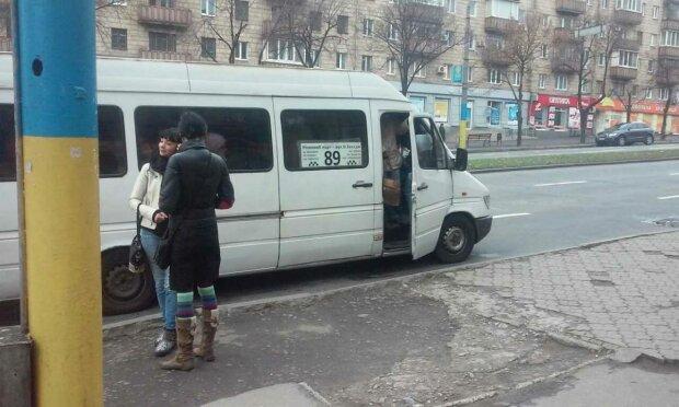 Маршрутки у Запоріжжі, фото: Соцпортал