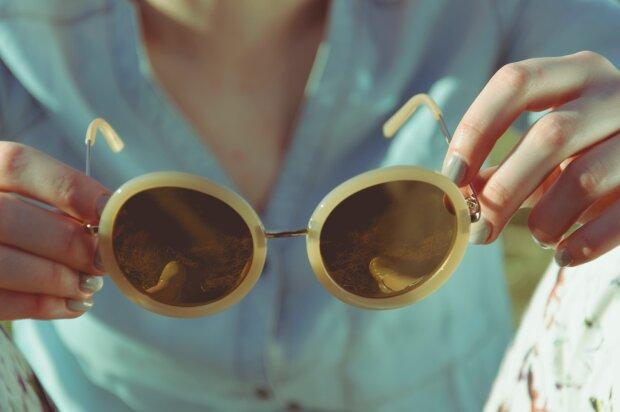 сонцезахисні окуляри, фото Pxhere