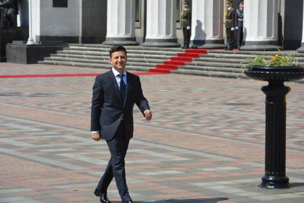 Зеленський присягнув на вірність Україні: ексклюзивний фоторепортаж з Верховної Ради