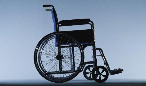 Человек в инвалидной коляске ограбил банк