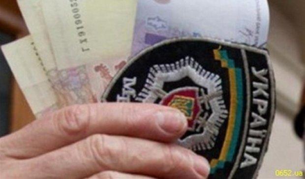 Столичні міліціонери вимагали хабар від словацького інвестора