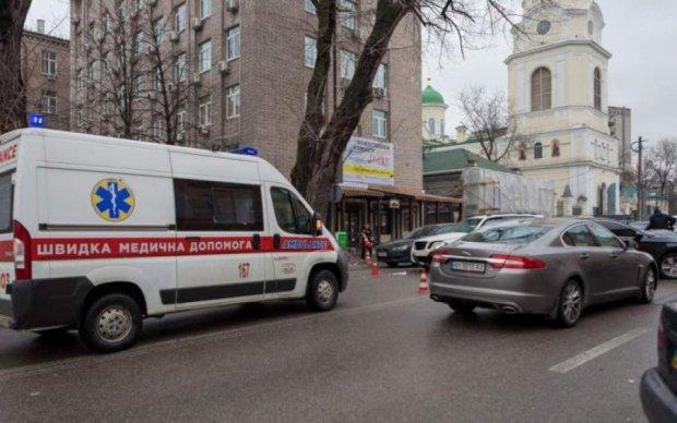 Мужчина пытался покончить с собой посреди Киева: первые подробности
